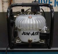 JUN-AIR COMPRESSOR MINOR tweedehands  verschepen naar Netherlands